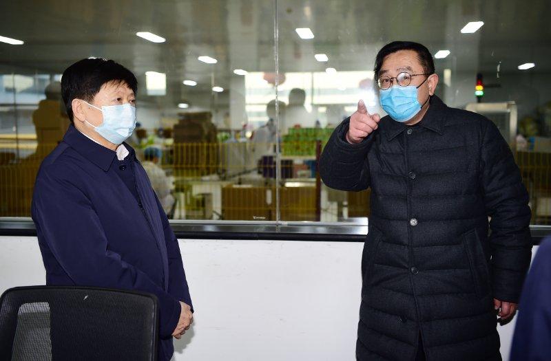 省委常委、市委书记邢国辉莅临一然,调研检查疫情防控、复工复产工作。
